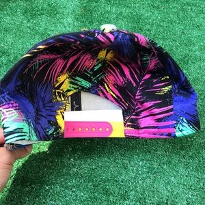 NFL Accessories - Palm trees snap back